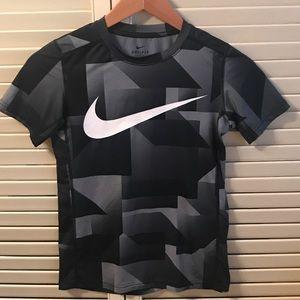 EUC Nike Dri-Fit Black/gray Youth Medium